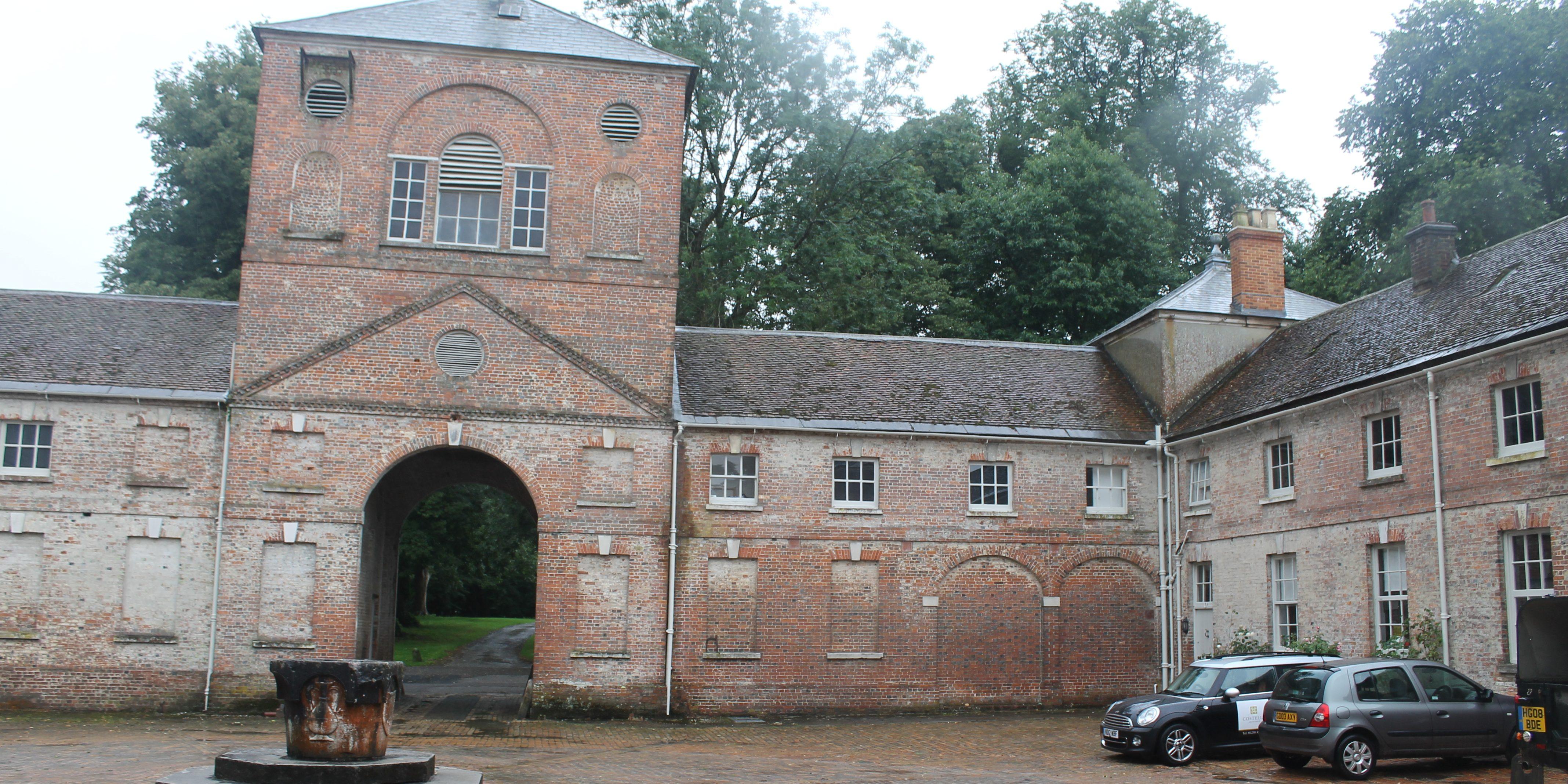 Moor Crichel, Wimborne